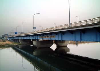 川崎市:六郷橋(ろくごうばし)