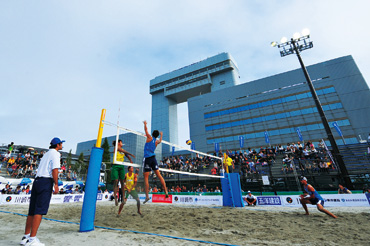 Kawasaki-Marien beach volleyball court